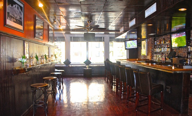 NYC / Tri-State venue Mad River Bar and Grille