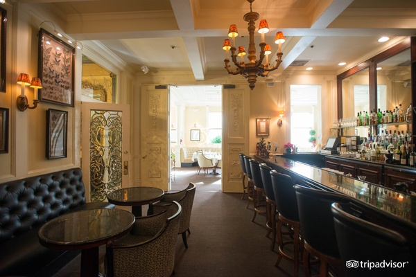 Photo of San Francisco event space venue Cafe Majestic
