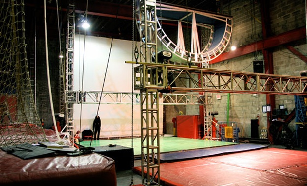 NYC / Tri-State venue SLAM - The STREB Lab for Action Mechanics