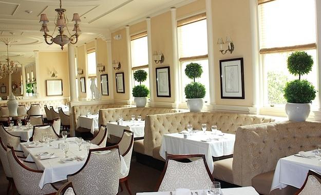 San Francisco venue Cafe Majestic