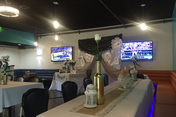Photo of San Francisco event space venue Qube Bar & Grill's Banquet Room