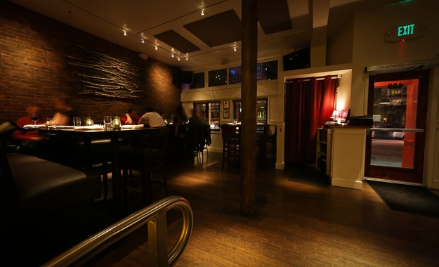 San Francisco venue Dobbs Ferry Restaurant